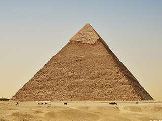 旅行摄影埃及金字塔与黑白沙漠