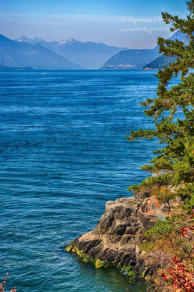 海天一色的温哥华夏日白崖