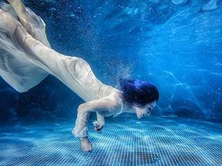 不会游泳的美人鱼