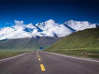 最美天山公路——独库公路