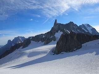 磅礴大气的雪山风光 法国勃朗峰