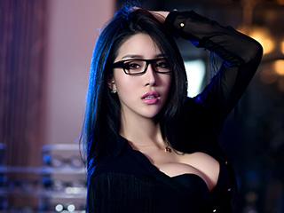 黑色性感内衣麻辣教师眼镜娘