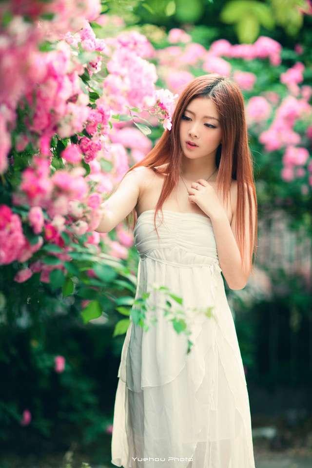 17岁少女美的像朵蔷薇花