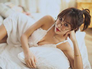 美女马古丽娜小清新私房人像摄影