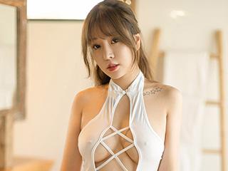 金屋娇娘王雨纯粉嫩身材人体艺术写