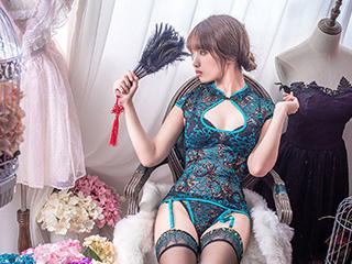 动漫博主雯妹COSPLAY黑丝旗袍美女套图[12P]