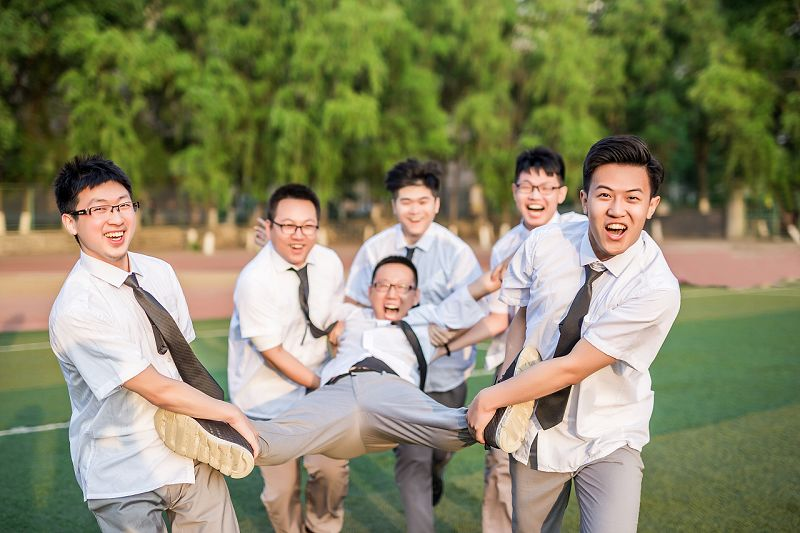 《青春答卷》毕业季集体照摄影作品