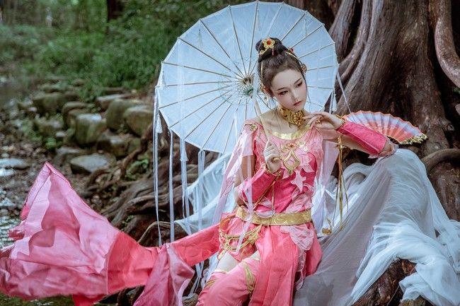COSPLAY剑网3《定国七秀姐妹花》图片