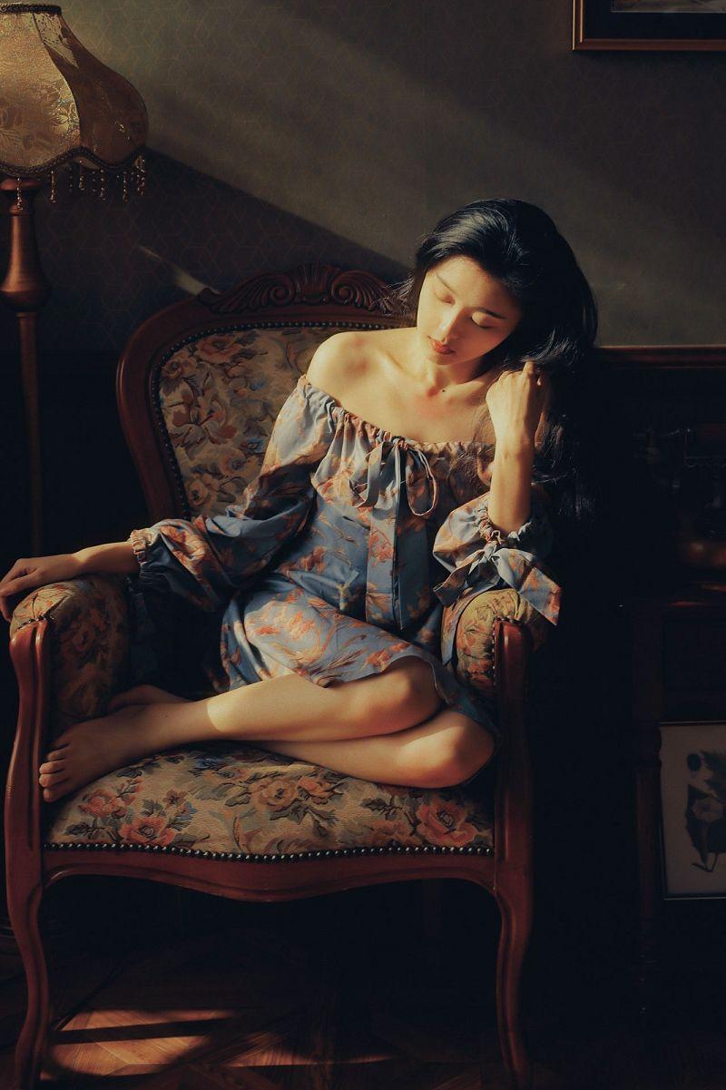 复古美女人像摄影《倒叙》作品欣赏