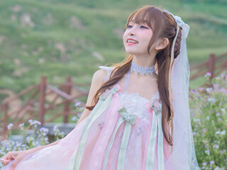 美女图片《花和少女》甜美笑容摄影