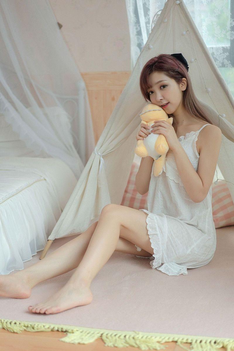 美女琳琳《回到夏天》私房写真图片