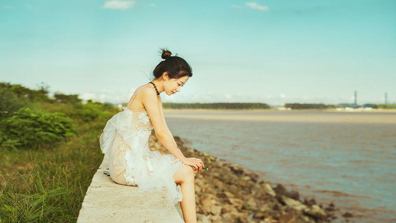 美女小姐姐《九兒姑娘》有魅力攝影圖片