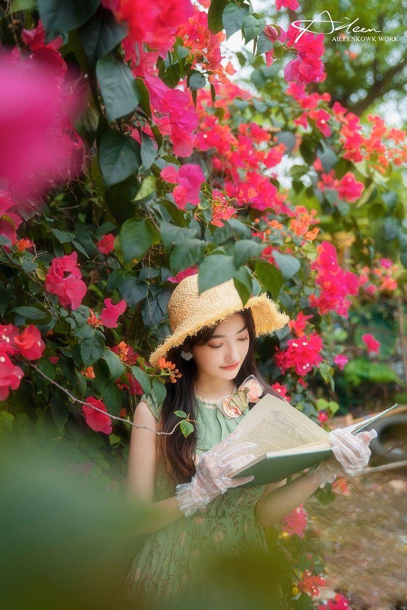 《秘密花园》美女图片摄影写真