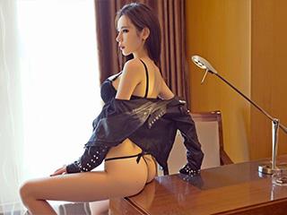 性感美女萌琪琪酥胸迷人美腿诱人[56P]