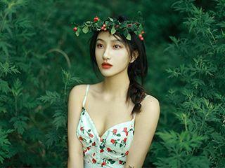 清新淡雅森系美女《万物生长》摄影图片