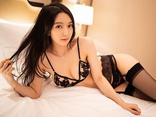 多情美妻小热巴蕾丝睡衣卧姿性感图片[68P]