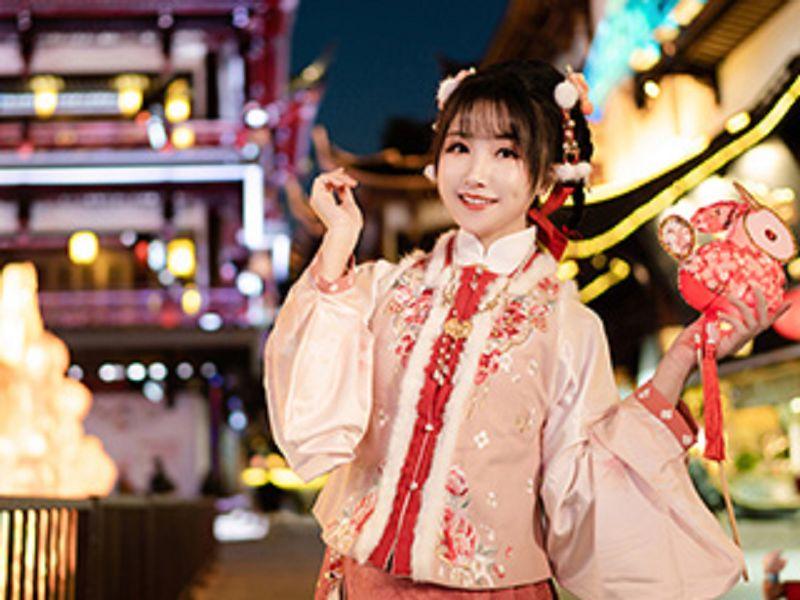 中国风《新春快乐喜乐平安》漂亮MM摄影图片