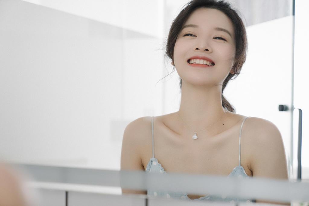 清新民宿风《甜美的笑容》美女人像摄影