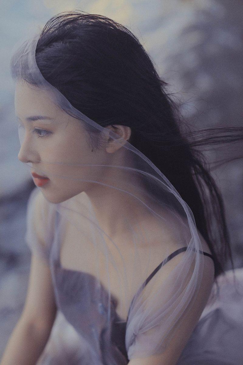美女圖片《致遠方》人像攝影作品