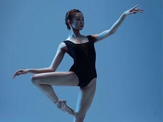 《冰与火之歌》舞⊙蹈舞姿剪影摄影作品