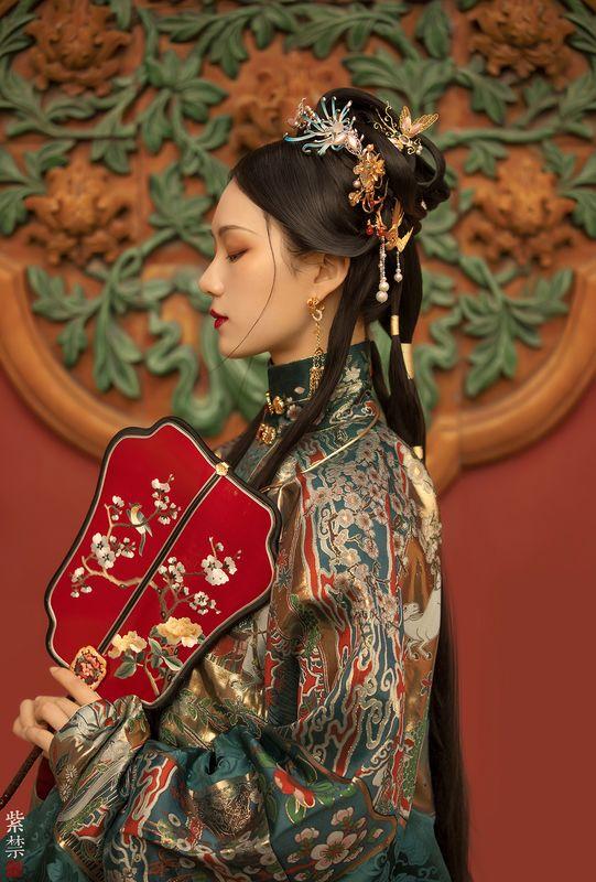 紫禁城中的佳丽古装摄影作品