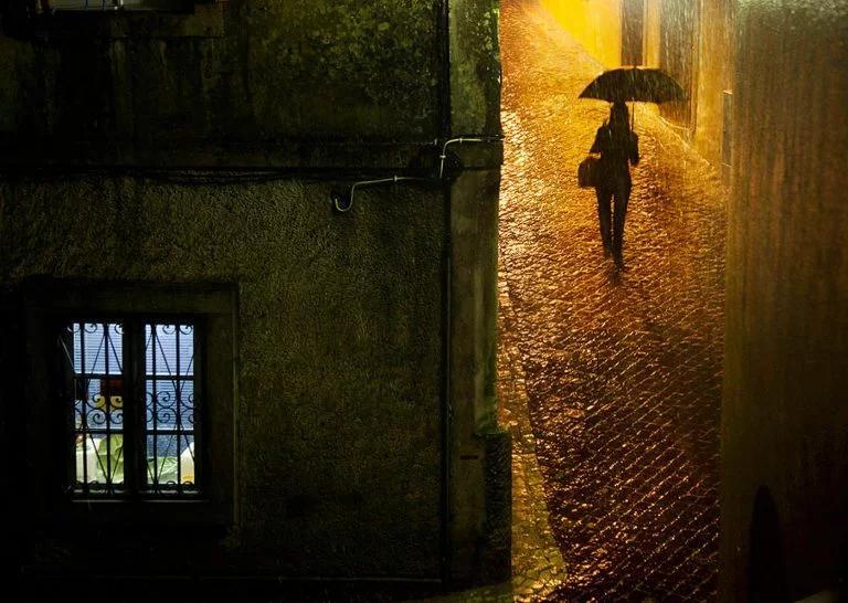 Christophe Jacrot镜头下的雨中街景