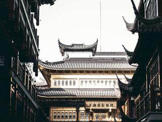 历史悠久的中国古典园林建筑豫园: